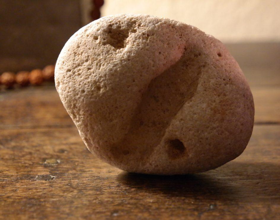 Een steen met een verhaal